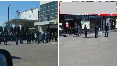 La rând, la distanțe de cel puțin 1 metru. Moldovenii dau dovadă de bun simț și responsabilitate socială!