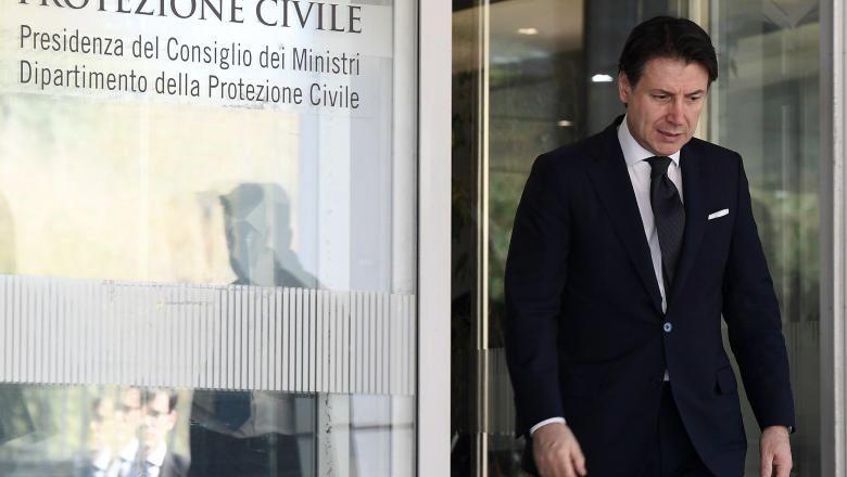 Foto: Italia: 400 de milioane de euro vor merge către italienii, care nu mai au bani de mâncare