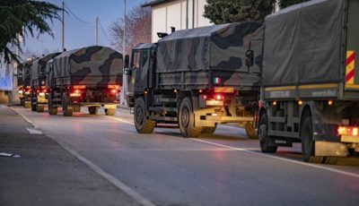Imagini cumplite din Italia. Camioanele militare care transportau trupurile neînsuflețite au ajuns la cimitirul din orașul Ferrara