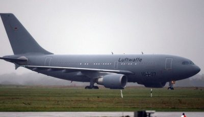 Germania a trimis un avion militar de terapie intensivă în Italia, pentru a lua bolnavi gravi să fie tratați la ei