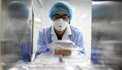 Medicii și asistentele din spitalele raionale au primit indicația de a-și coase singuri măști din tifon
