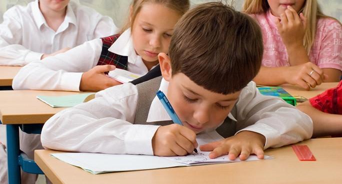 Etapele de înscriere a copiilor în clasa I pentru anul de studii 2020-2021, sunt temporar suspendate