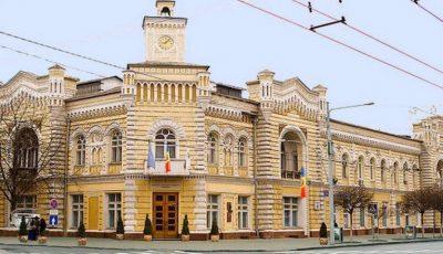 Primăria Chișinău oferă ajutor persoanelor din grupul de risc, în contextul epidemiei cu coronavirus