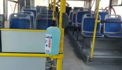 Dozatoare cu dezinfectant, în toate troleibuzele și autobuzele din Chișinău