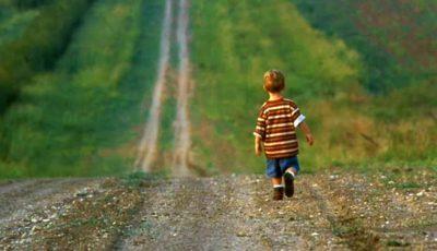 Un copil de 3 ani din Căușeni, căutat o noapte întreagă de către salvatori. Unde a fost găsit?