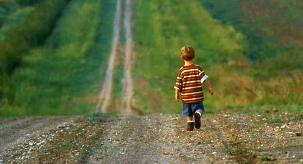 Foto: Un copil de 3 ani din Căușeni, căutat o noapte întreagă de către salvatori. Unde a fost găsit?