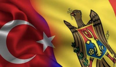 Turcia donează Moldovei 30.000 măști N95, 10.000 combinezoane, 10.000 mănuși, o tonă de dezinfectant