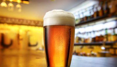 Preşedintele unei țări, indignat de cozile lungi la bere în plină pandemie