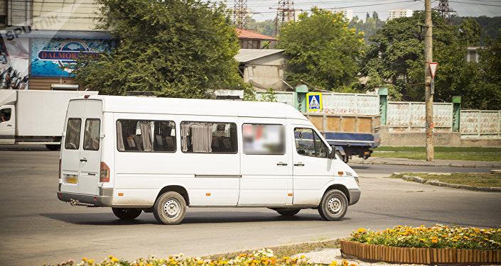 Foto: Anunț! Mai multe rute de microbuz din Capitală își schimbă traseul de circulație