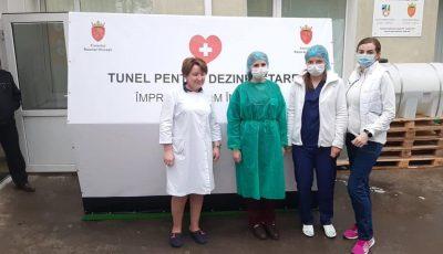 La Hâncești a fost instalat un tunel dezinfectant pentru oameni