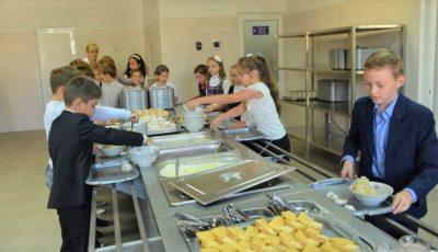 Se elaborează un nou concept de alimentație în instituțiile de învățământ din Chișinău