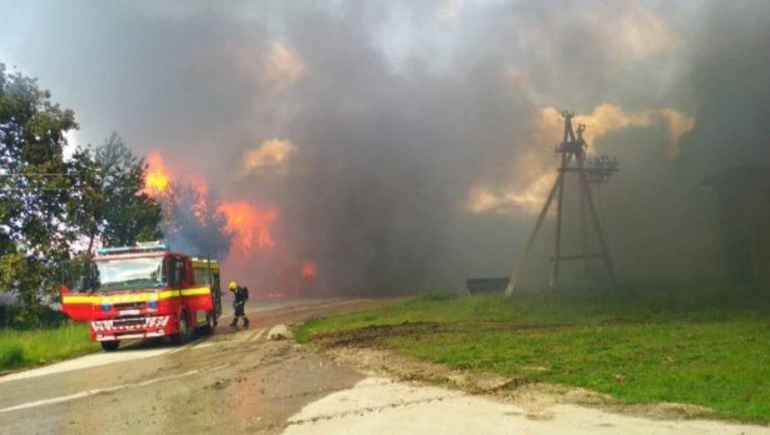 Un incendiu puternic a avut loc în raionul Ocnița