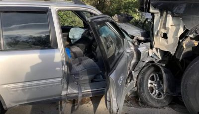 Accident violent la Telecentru. Un taximetrist a urcat beat la volan