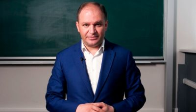 De 1 iunie, primarul Chișinăului a publicat o poză din copilăria sa