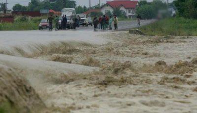 Un tânăr de 33 de ani din nordul țării s-a înecat, după ce a fost luat de viitură