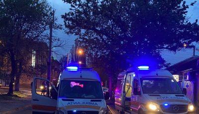 O femeie a fost internată cu arsuri, după și-a dat foc într-un apartament din Capitală
