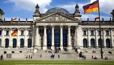 Absolvenții universităților din Moldova pot face stagierea în Bundestagul Germaniei