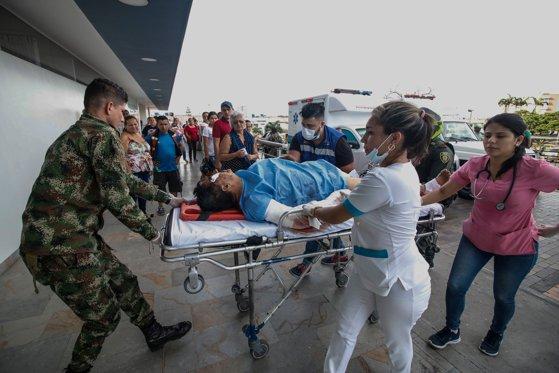 Aproximativ 600 de medici din prima linie au murit de Covid-19 în SUA