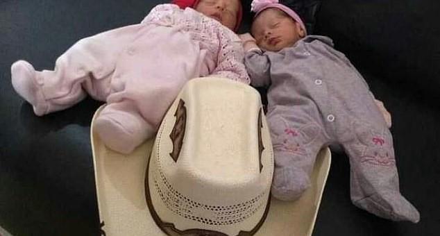 Foto: Caz cutremurător. Gemene nou-născute, sfâșiate de câinele familiei, în timp ce mama lor lipsea