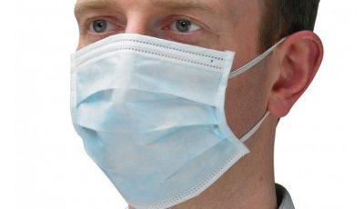 Medic infecționist: masca de protecție refolosită își pierde din capacitatea de protecție