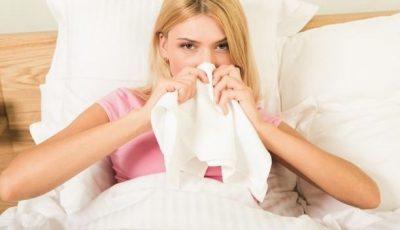Peste 2.680 de moldoveni prezintă simptome de răceală în miez de vară