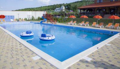 Bazinele și piscinele se închid, din 1 august până la sfârșitul verii