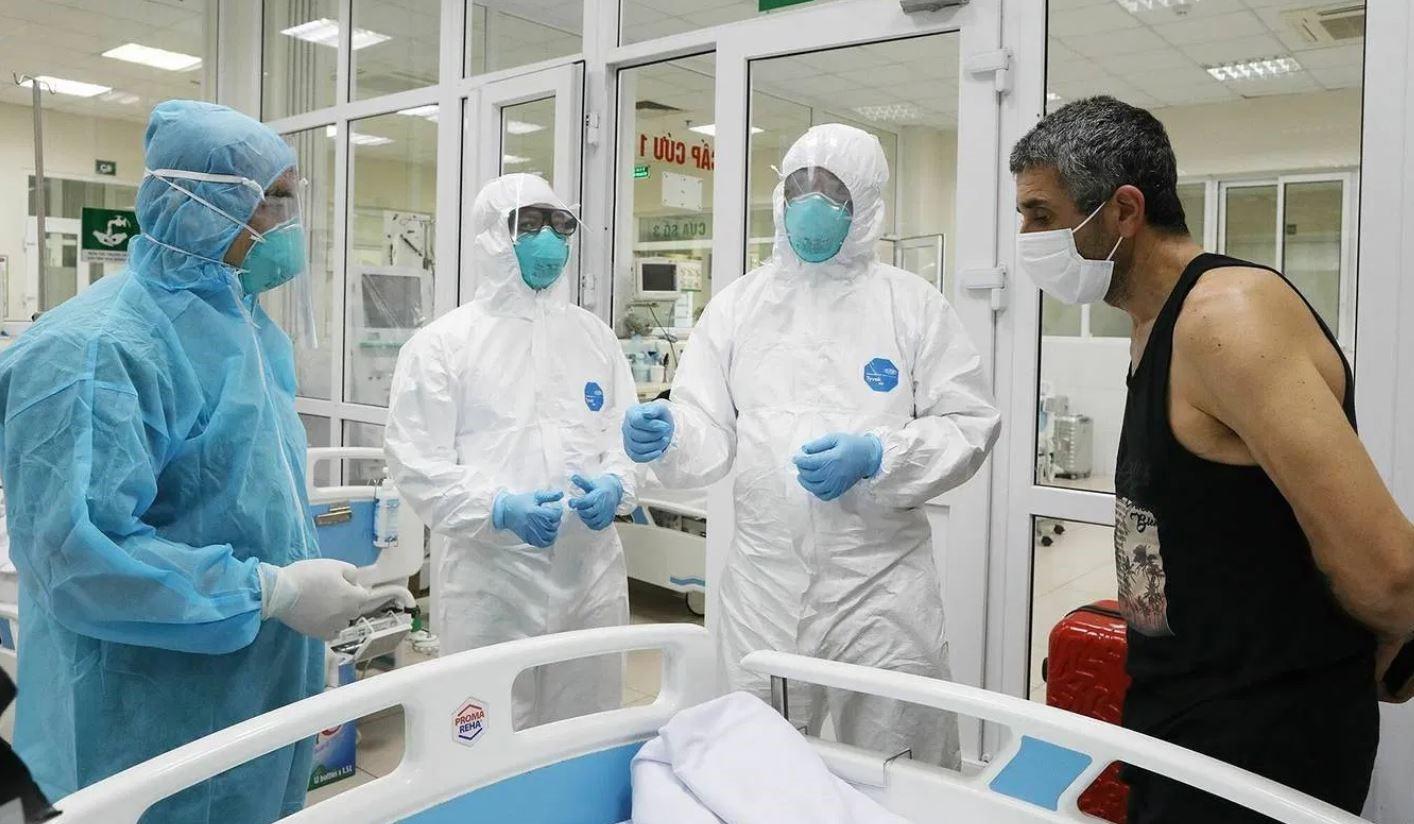 Medicii dezvăluie cum afectează coronavirusul întregul organism