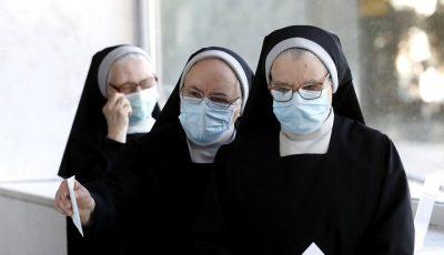 12 călugărițe de la o mănăstire au murit de Covid-19 într-o singură lună