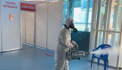 Foto. Cum sunt dezinfectate saloanele de la Centrul Covid-19 din Chișinău