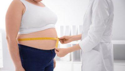 Coronavirus: obezitatea crește riscul complicațiilor sau chiar decesului, au constatat oamenii de știință englezi