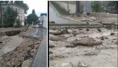 Ploaia puternică a distrus drumuri și trotuare în municipiul Chișinău