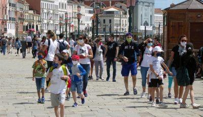 Italia prelungește carantina de 14 zile pentru cetățenii români