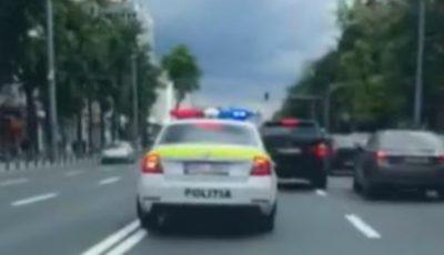 Un bărbat cu hemoragie a fost ajutat de către un echipaj de poliție să ajungă de urgență la spital