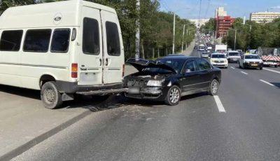 În doar 72 de ore, în Chișinău, au fost înregistrate 121 accidente rutiere