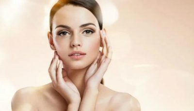 Îngrijirea zilnică a tenului acneic și prevenirea apariției punctelor negre