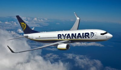 Alertă de incendiu la bordul unui avion Ryanair cu 160 de pasageri. A aterizat de urgență în Grecia