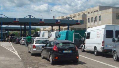 PAS cere Guvernului să relaxeze restricțiile pentru moldovenii care revin acasă din țările unde rata de infectare este mică