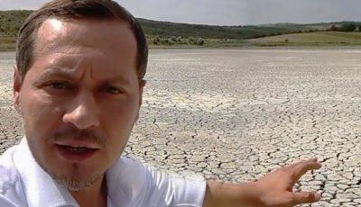 Cum arată un lac secat din raionul Călărași. Imagini apocaliptice, surprinse în Moldova