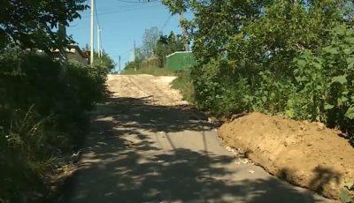 Un drum, distrus total în doar câteva luni. Lucrările au costat peste 1 milion de lei, alocat din bugetul de stat