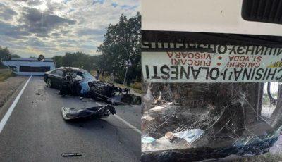 Grav accident la Ștefan-Vodă: un microbuz cu pasageri s-a răsturnat. 11 răniți