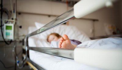 Doi copii, internați în spital cu intoxicație