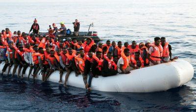 Cel puţin 20 de imigranți s-au înecat astăzi în largul Libiei