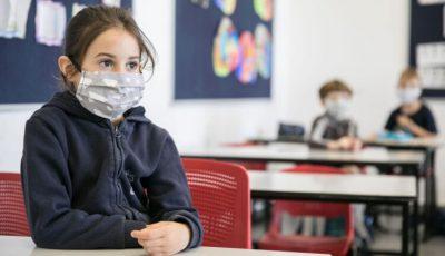 Părinții se plâng de condițiile în care se desfășoară cursurile în școli. Ce îi nemulțumește?