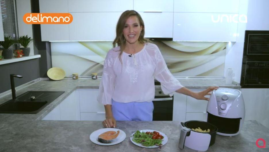 Tatiana Heghea s-a convins că poate găti cartofi pai, crocanți, fără gram de ulei