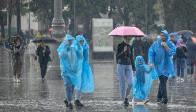 Torențial! La Moscova a plouat în câteva ore, cât pentru o lună