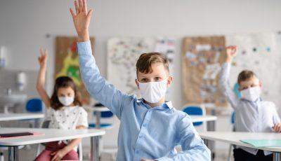 CNSP: Dacă un elev se va infecta, întreaga clasă va fi plasată în carantină pentru 14 zile