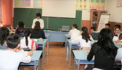Mai mute școli și licee din Capitală înregistrează cazuri de Covd-19
