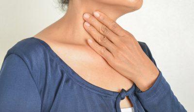 În perioda post-Covid, unele persoane se pot confrunta cu dificultăți de voce. Sfaturi de reabilitare