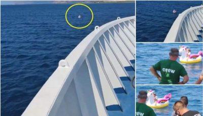 Fetiță găsită în largul mării, plutind pe un unicorn gonflabil. Video
