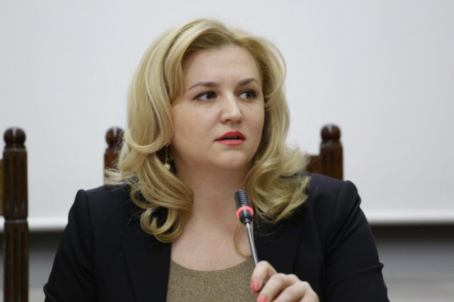 "Deputata Ruxanda Glavan, infectată cu Covid. ,,Virusul e mult prea aproape"""
